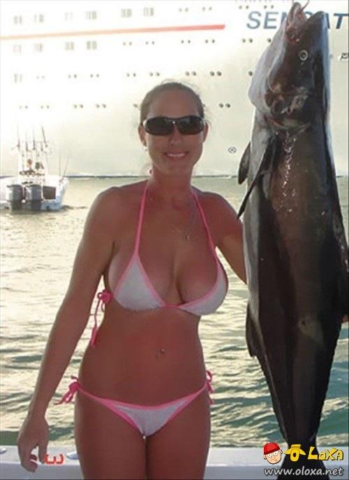 girls-fishing-500-7