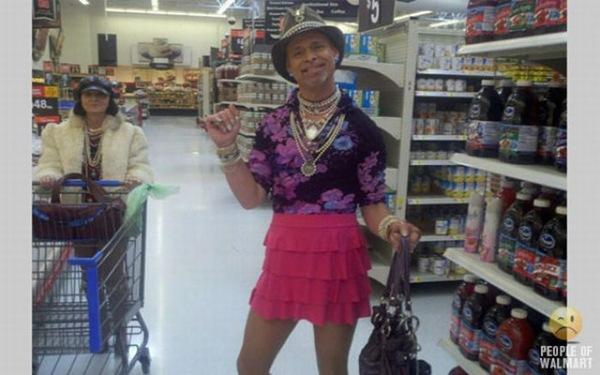 Funny People Shopping in WalMart Part 34_12