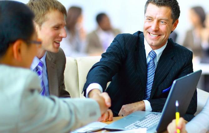 aprenda a ser educado no trabalho