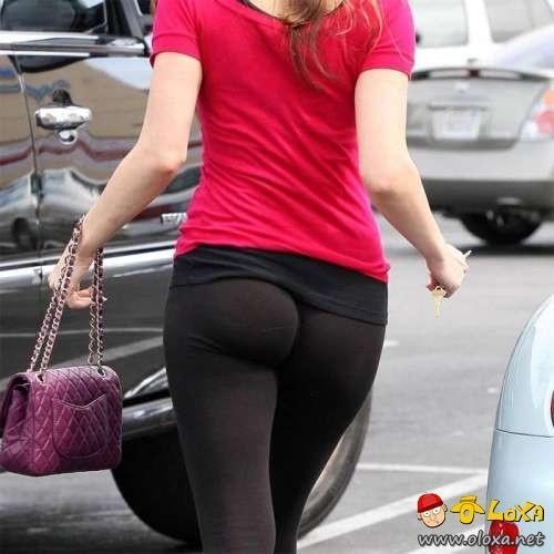 sexy-yoga-pants-0
