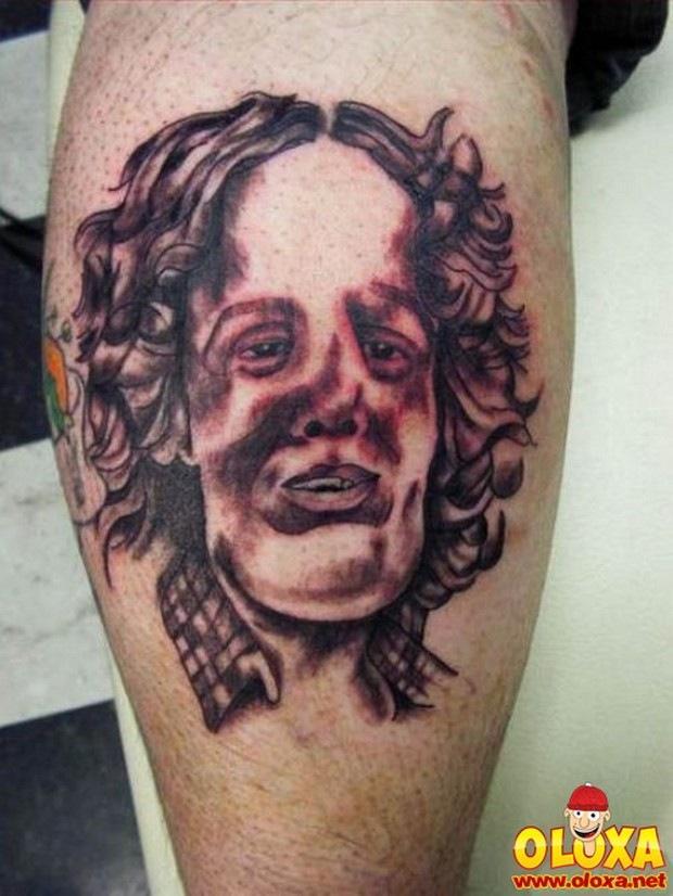 tatuagens horriveis e bizarras (31)