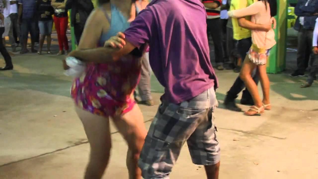 Se beber, não dance 144