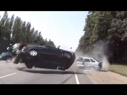 Copilação de acidentes de carros 222