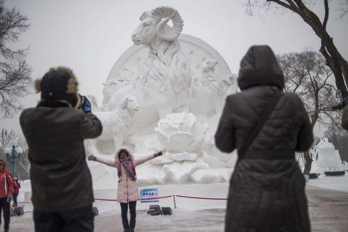 As esculturas surpreendentes do 2015 Harbin Ice E Festival de Neve (6)
