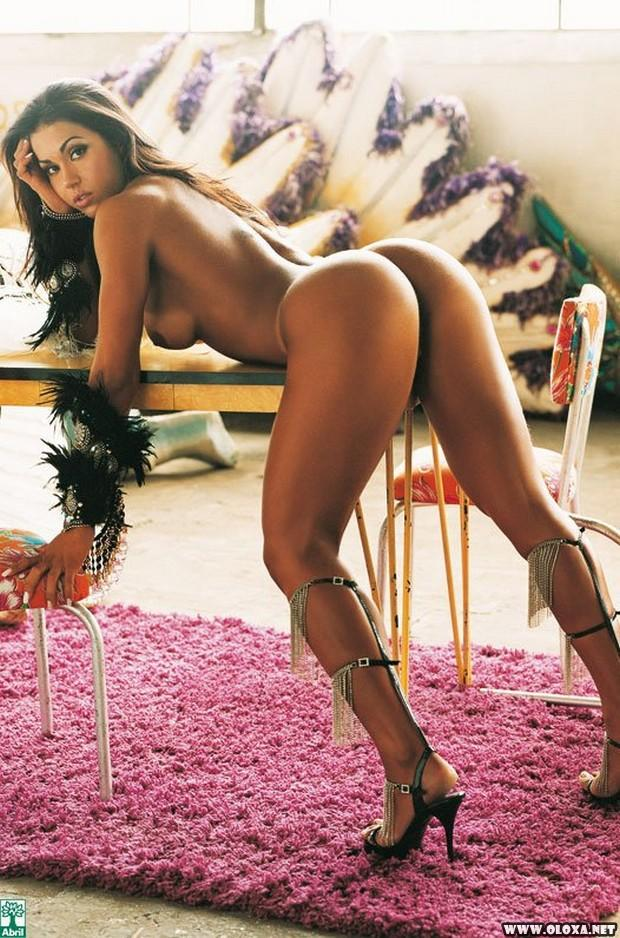 Gracyanne Barbosa nua na Playboy