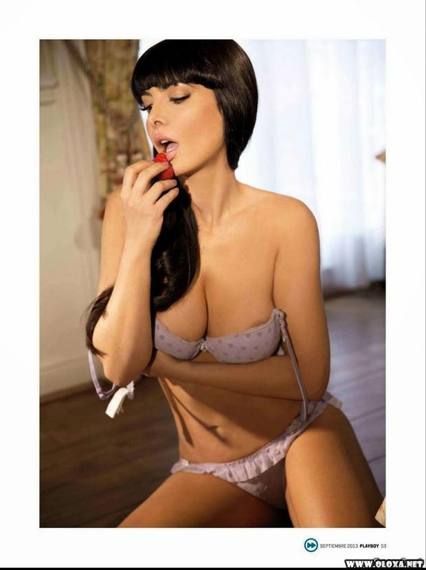 Leia Freitas pelada na Playboy do México 29