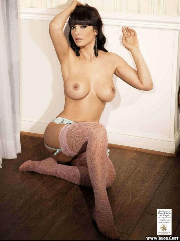 Leia Freitas pelada na Playboy do México 30