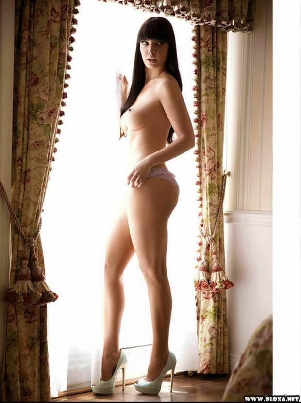 Leia Freitas pelada na Playboy do México 18
