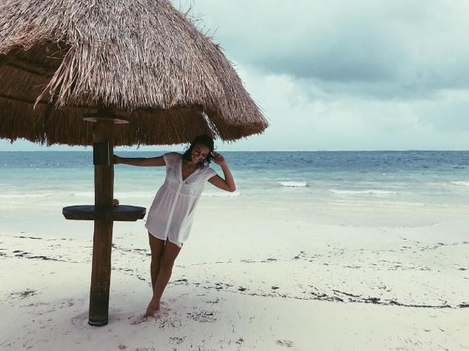 Bruna Marquezine mostra bunda no Instagram e leva seguidores a loucuraBruna Marquezine mostra bunda no Instagram e leva seguidores a loucura (2)