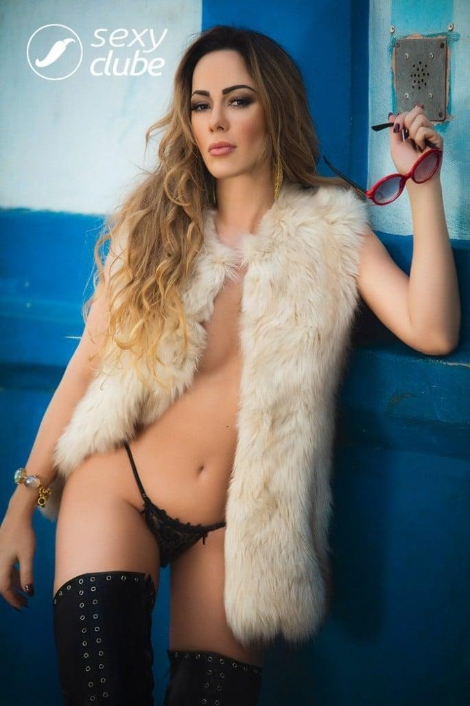 juliana-isen-nua-na-sexy-de-novembro-8