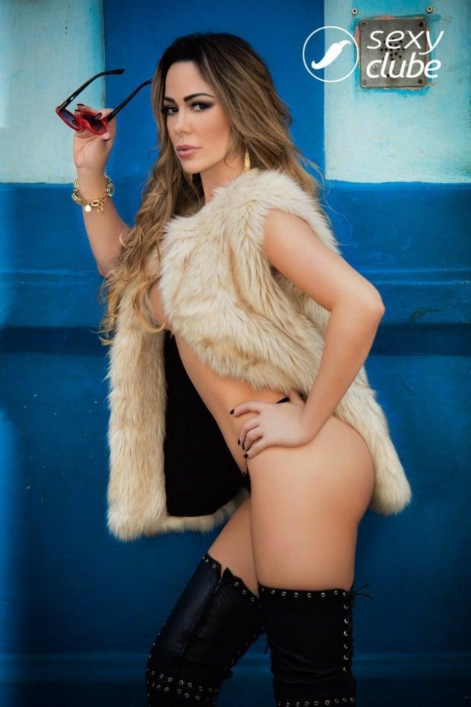 juliana-isen-nua-na-sexy-de-novembro-9