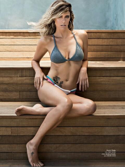 Fernanda Lima semi nua em um ensaio sensual pra revista VIP 9