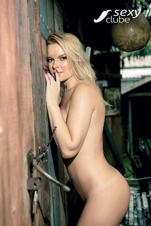 Laura Karasczuk nua na revista da sexy especial - Ex de Dirceu 41