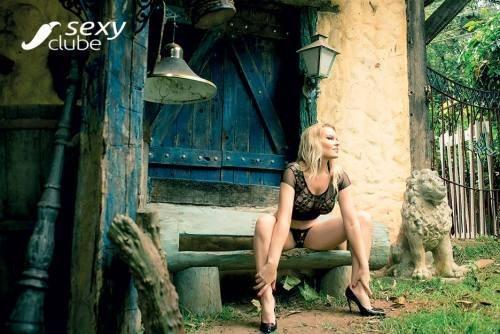 Laura Karasczuk nua na revista da sexy especial - Ex de Dirceu 73