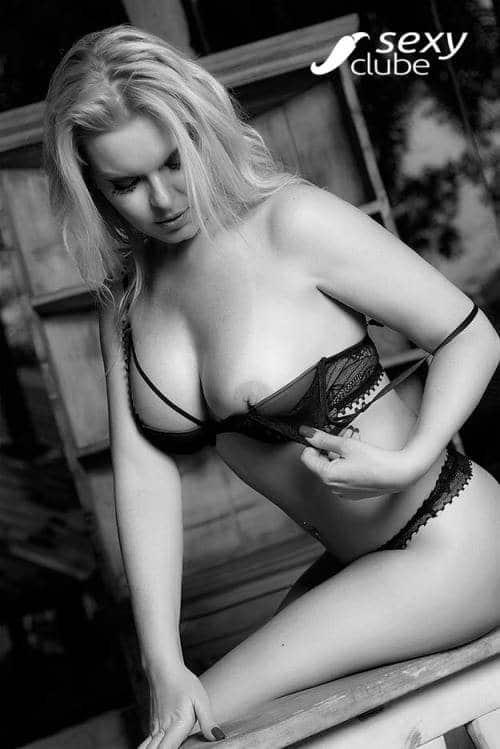 Laura Karasczuk nua na revista da sexy especial - Ex de Dirceu 64