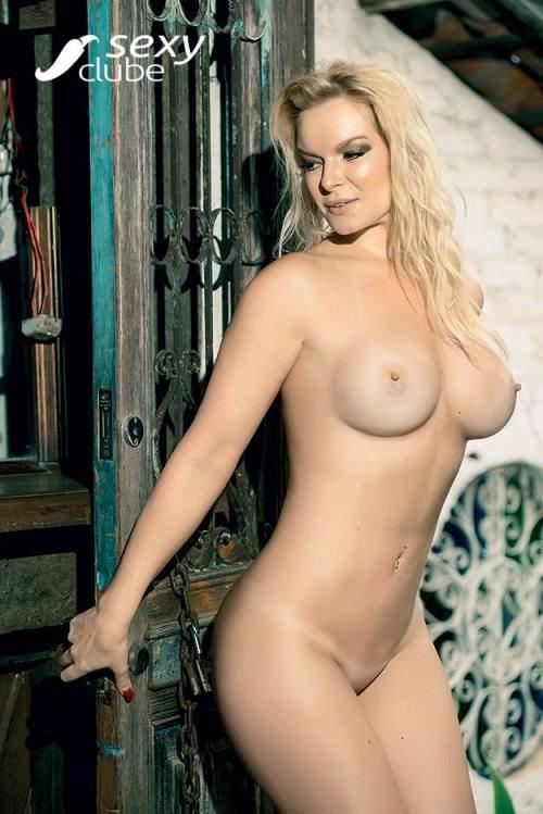 Laura Karasczuk nua na revista da sexy especial - Ex de Dirceu 49