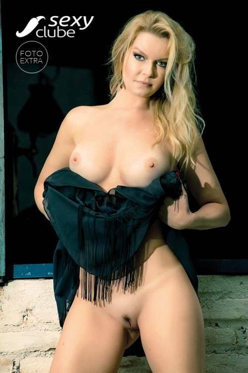 Laura Karasczuk nua na revista da sexy especial - Ex de Dirceu 53
