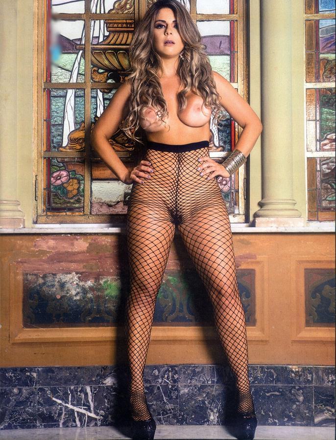 Vanessa Perez e Luanda Fraga nuas na Revista Sexy - Janeiro 65
