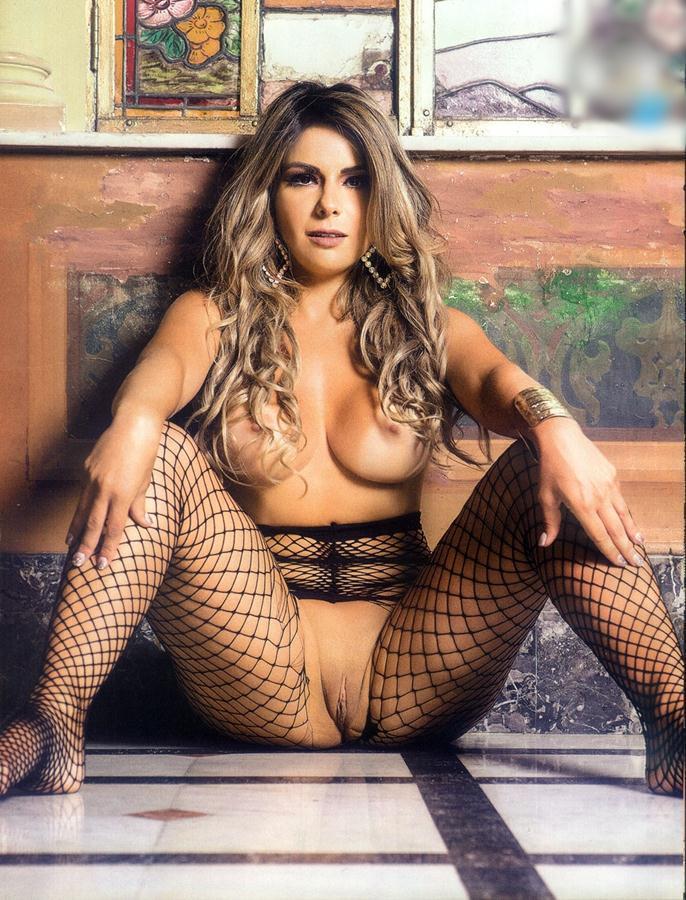 Vanessa Perez e Luanda Fraga nuas na Revista Sexy - Janeiro 64