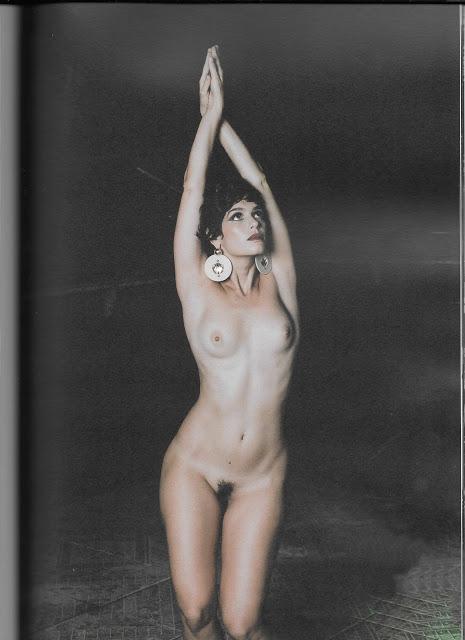 Maria Flor nua na Revista #3 oloxa maria16