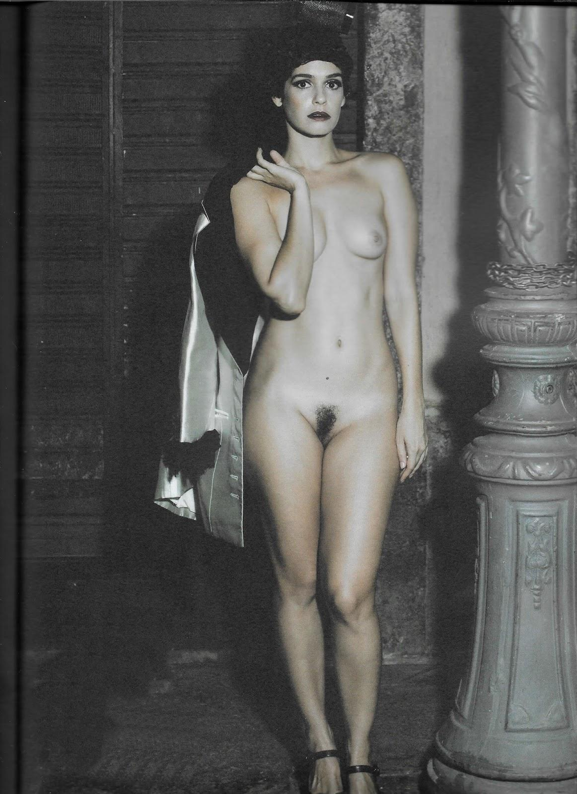 Maria Flor nua na Revista #3 oloxa maria19
