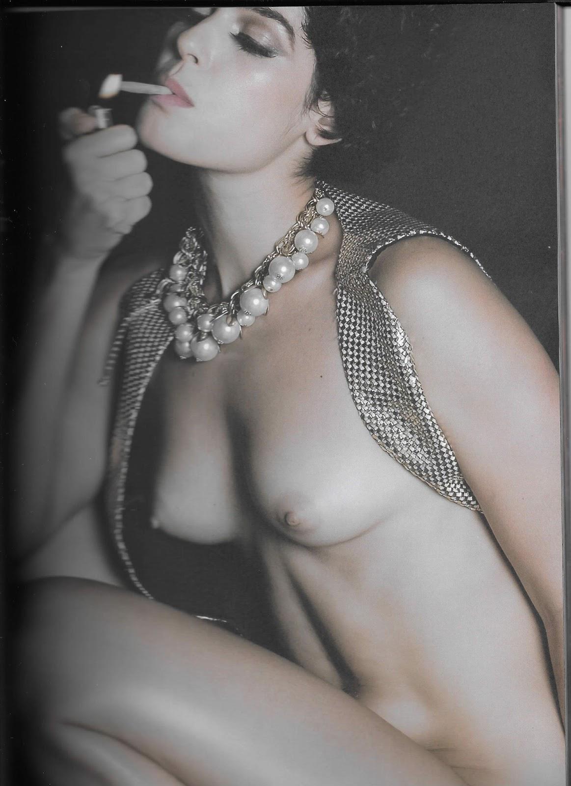 Maria Flor nua na Revista #3 oloxa maria8
