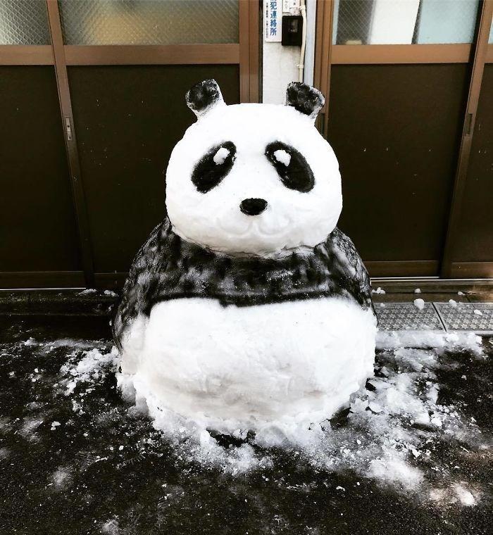 Veja a criatividade das pessoas quando neva no Japão 22