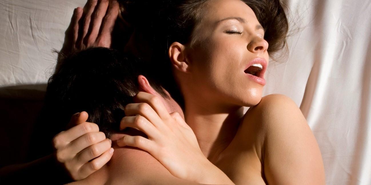 Dicas infalíveis para despertar o desejo dela fazer sexo anal