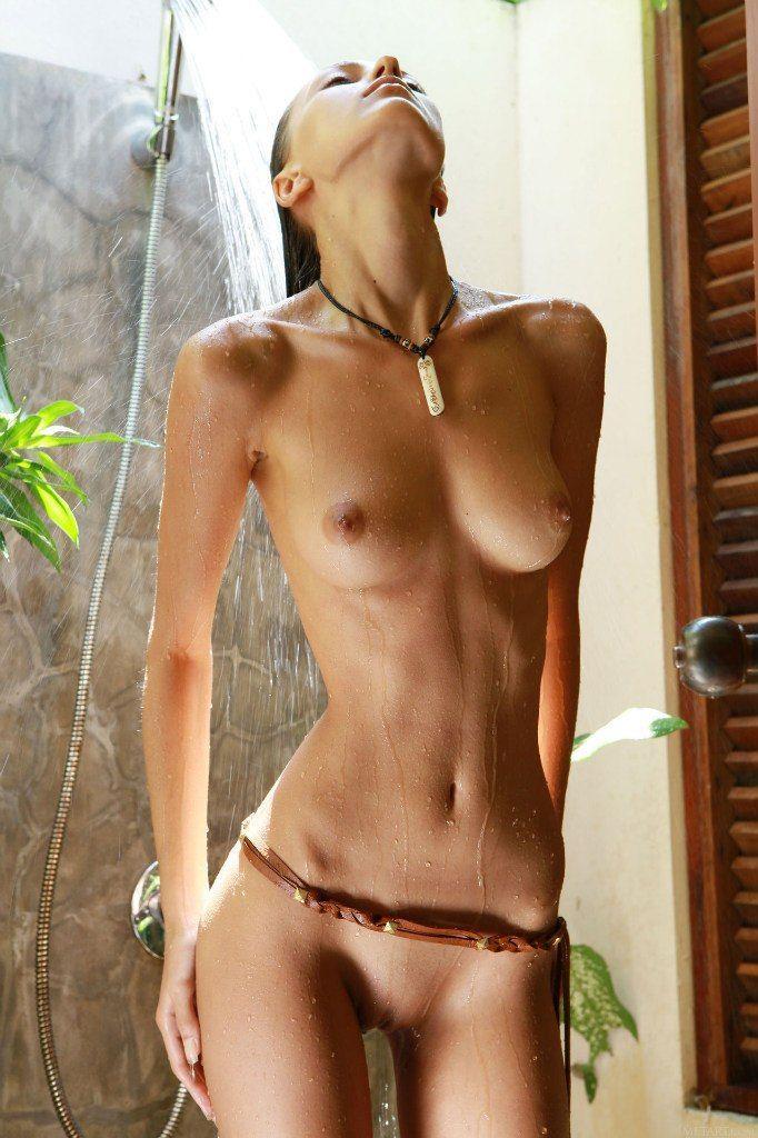 As fotos das garotas mais belas da internet que você verá hoje 40