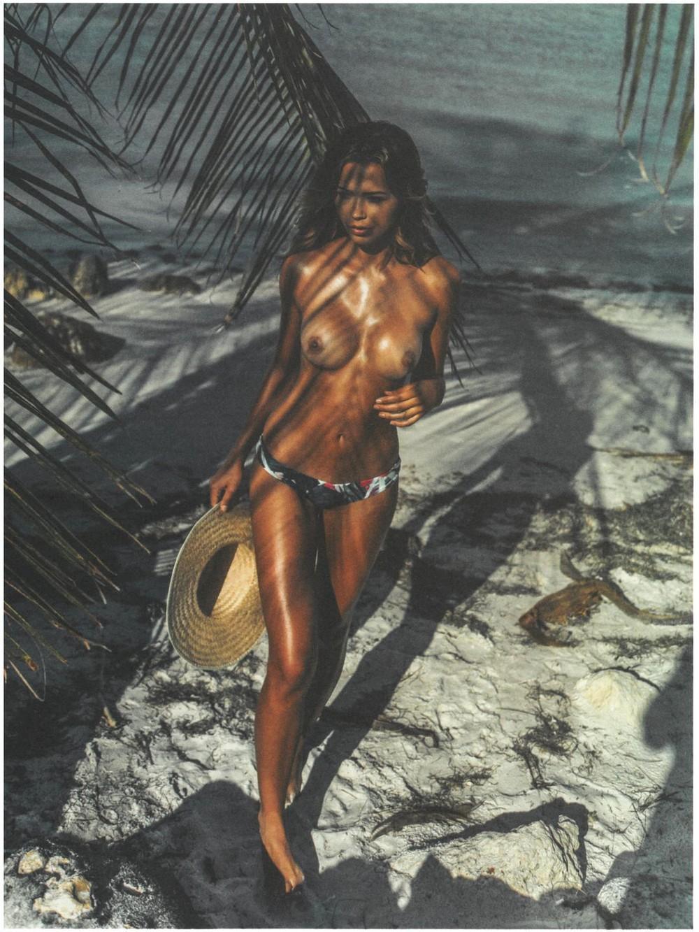 Sandra Kubicka em um ensaio fotográfico sensual 13