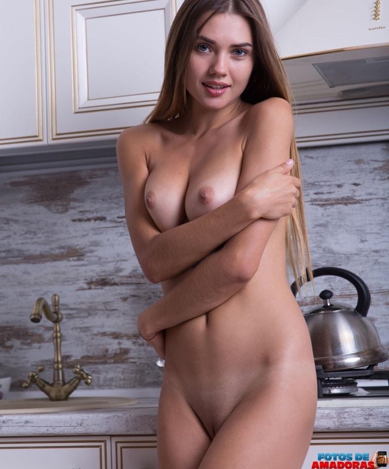 Georgia uma Russa em ensaio sensual e atraente Oloxa Georgia Russa 2