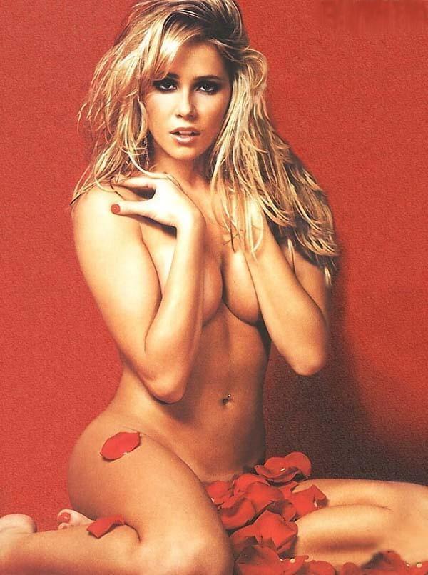 Deborah Secco uma atriz gostosa nua na Playboy