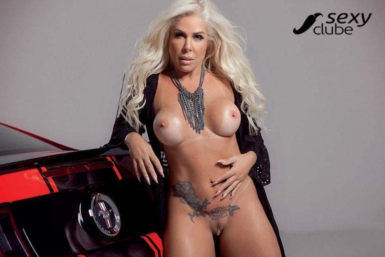 Rosana Menezes uma loira muito gostosa nua na Revista Sexy 52