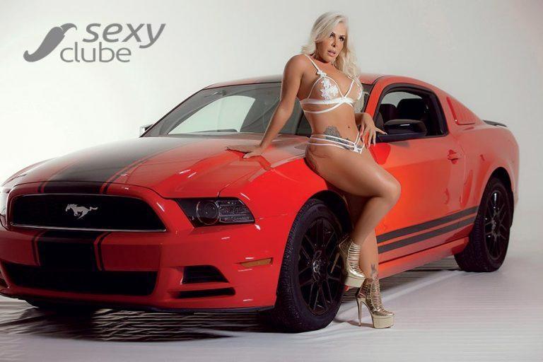 Rosana Menezes uma loira muito gostosa nua na Revista Sexy 37