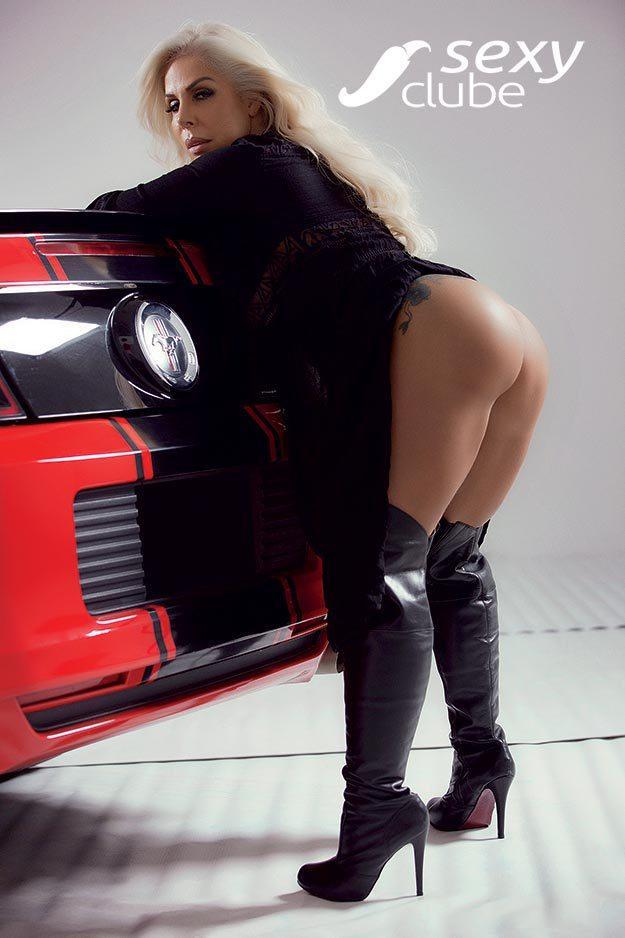 Rosana Menezes uma loira muito gostosa nua na Revista Sexy 39