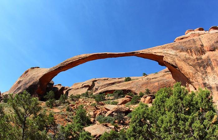 Alguns arcos perfeitos e incríveis feito pela natureza 10