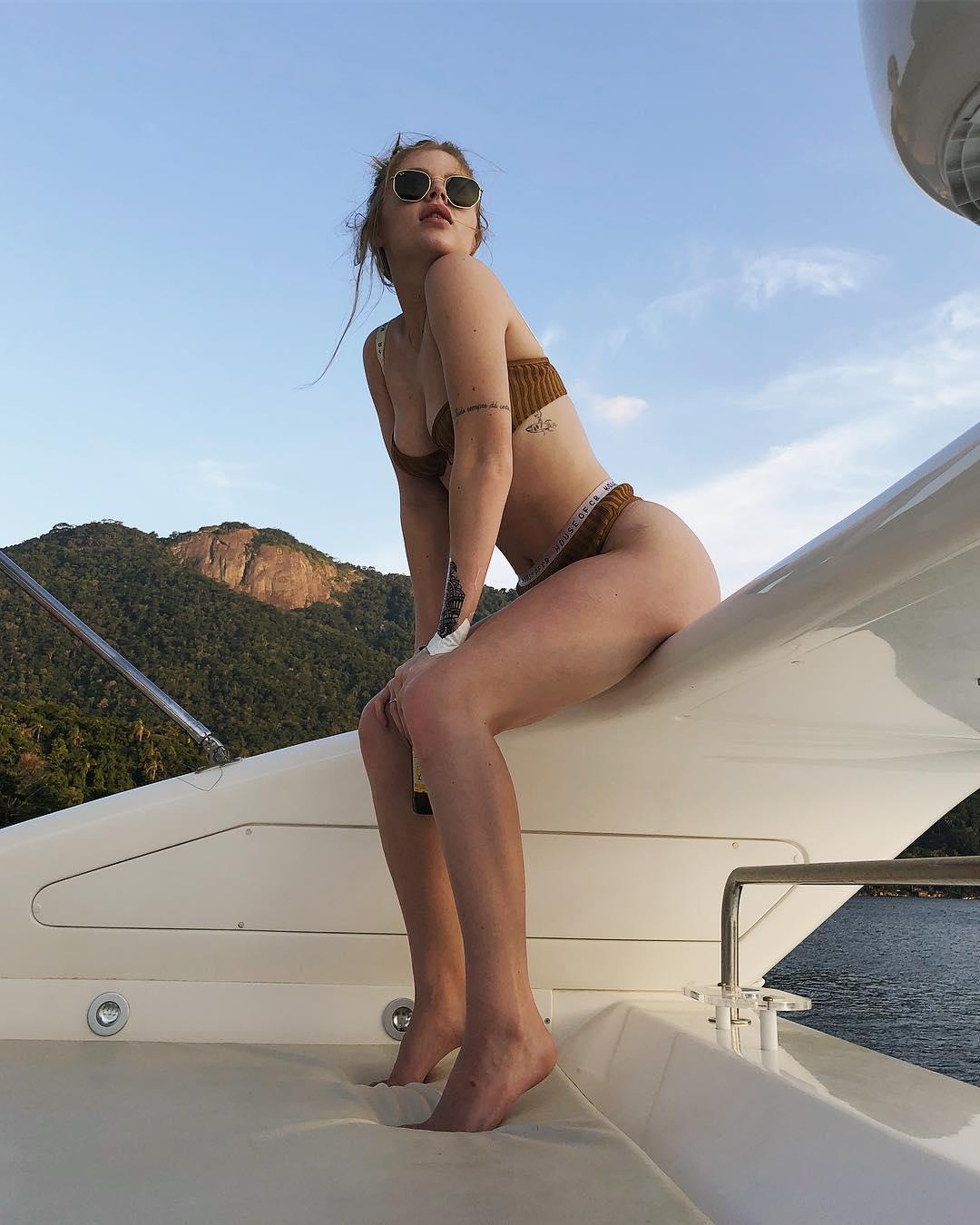 As fotos mais sexy de Luísa Sonza no Instagram 54