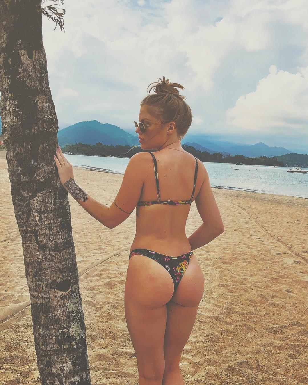 As fotos mais sexy de Luísa Sonza no Instagram 55
