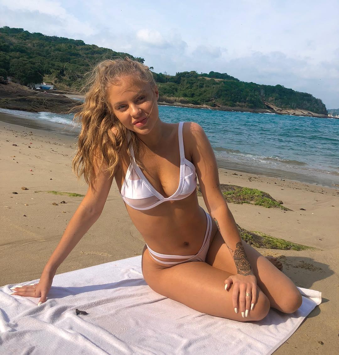As fotos mais sexy de Luísa Sonza no Instagram 66