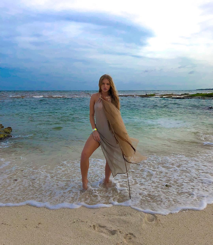 As fotos mais sexy de Luísa Sonza no Instagram 69