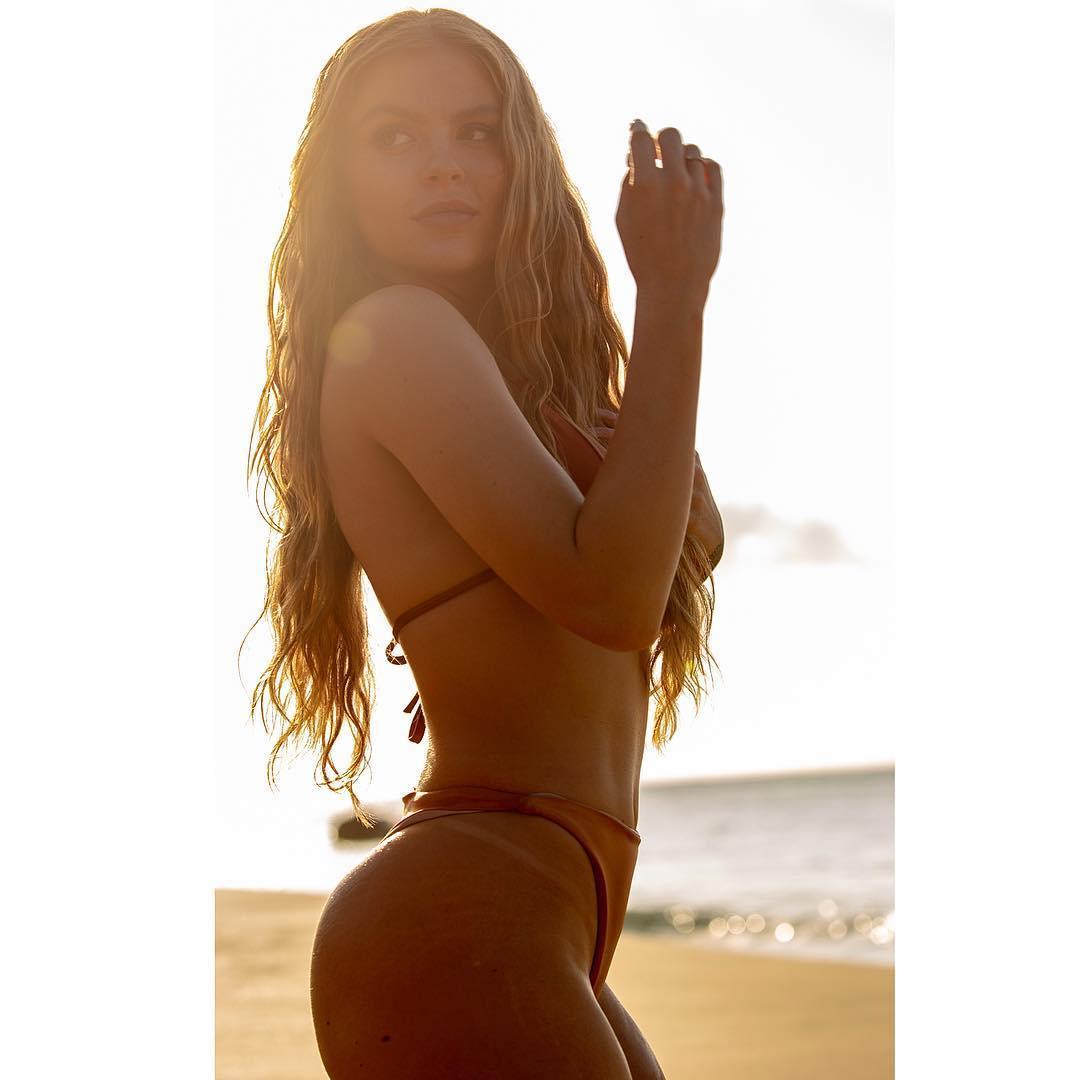 As fotos mais sexy de Luísa Sonza no Instagram 72