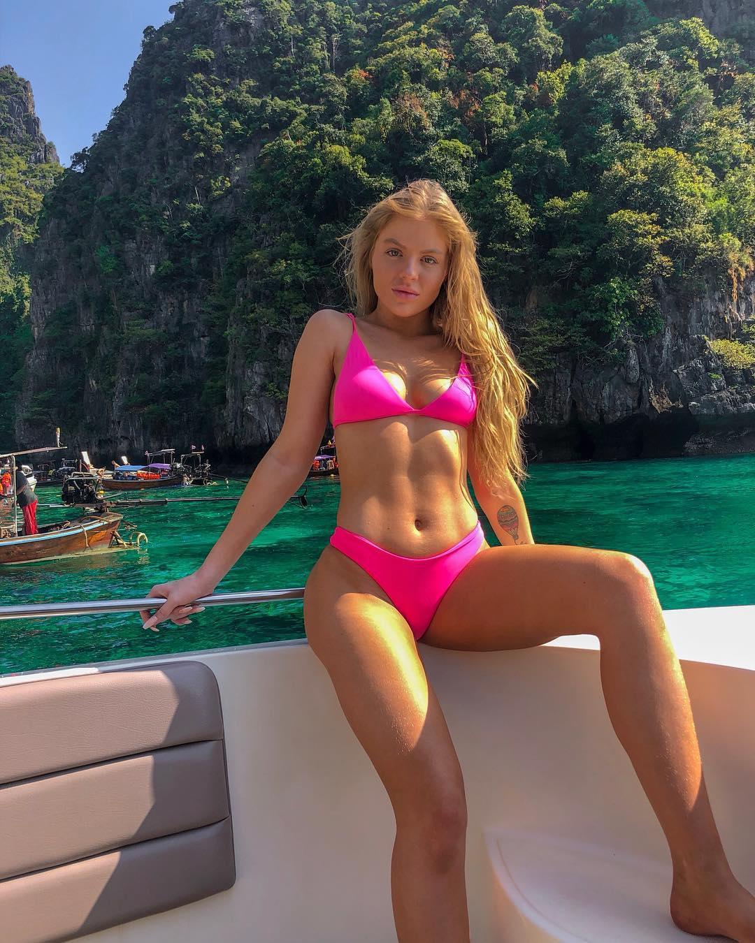 As fotos mais sexy de Luísa Sonza no Instagram 39