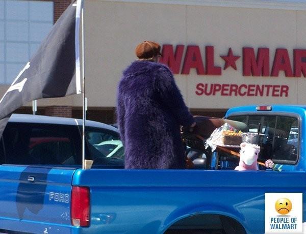 Clientes bizarros do Walmart pelo mundo Clientes bizarros do Walmart pelo mundo 15