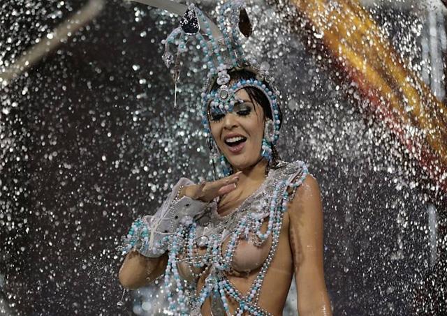 50 mulheres mais gostosas do carnaval 68