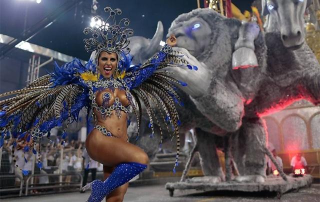 50 mulheres mais gostosas do carnaval 71