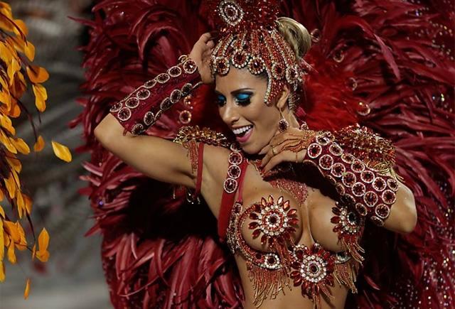 50 mulheres mais gostosas do carnaval 73
