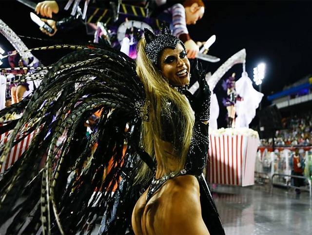 50 mulheres mais gostosas do carnaval 57