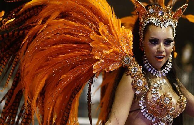 50 mulheres mais gostosas do carnaval 77