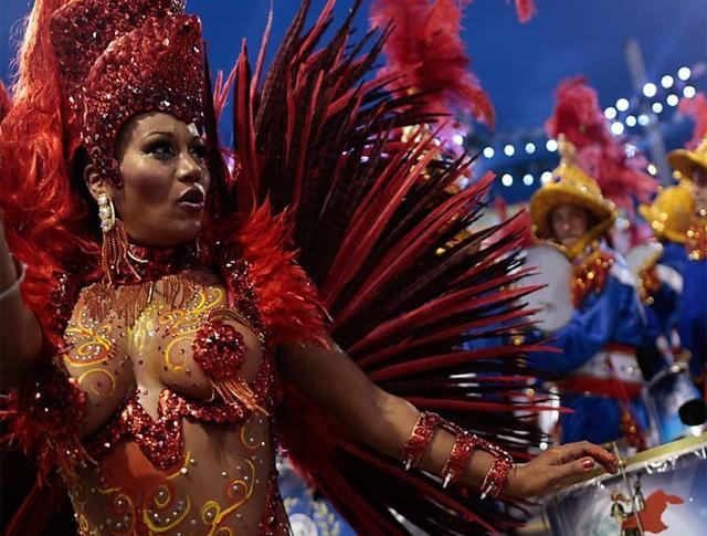 50 mulheres mais gostosas do carnaval 78