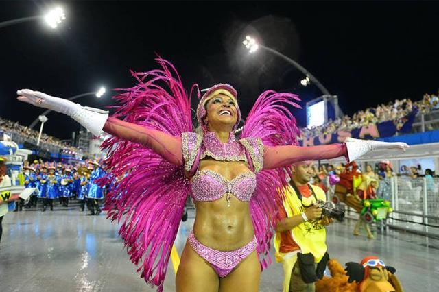 50 mulheres mais gostosas do carnaval 79